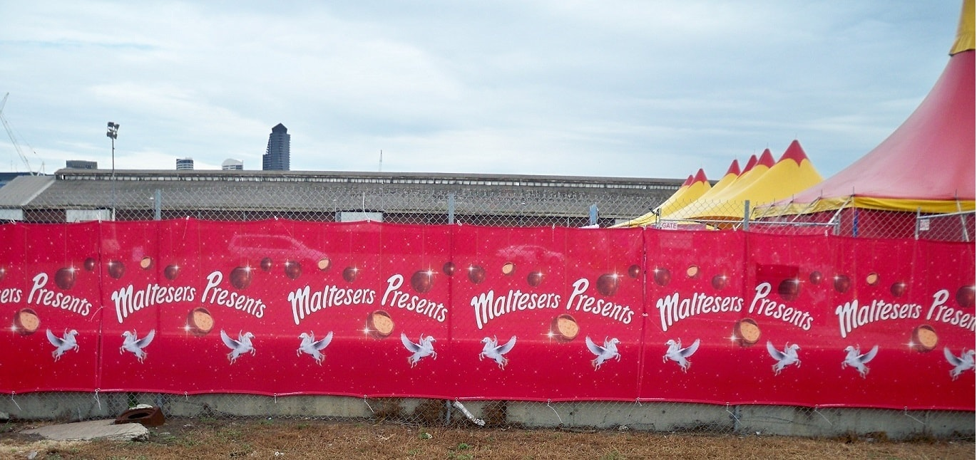 fence-banners (3)